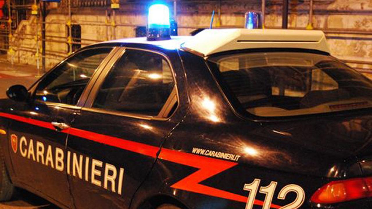 https://www.zerottounonews.it/wp-content/uploads/2014/09/carabinieri-141.jpg
