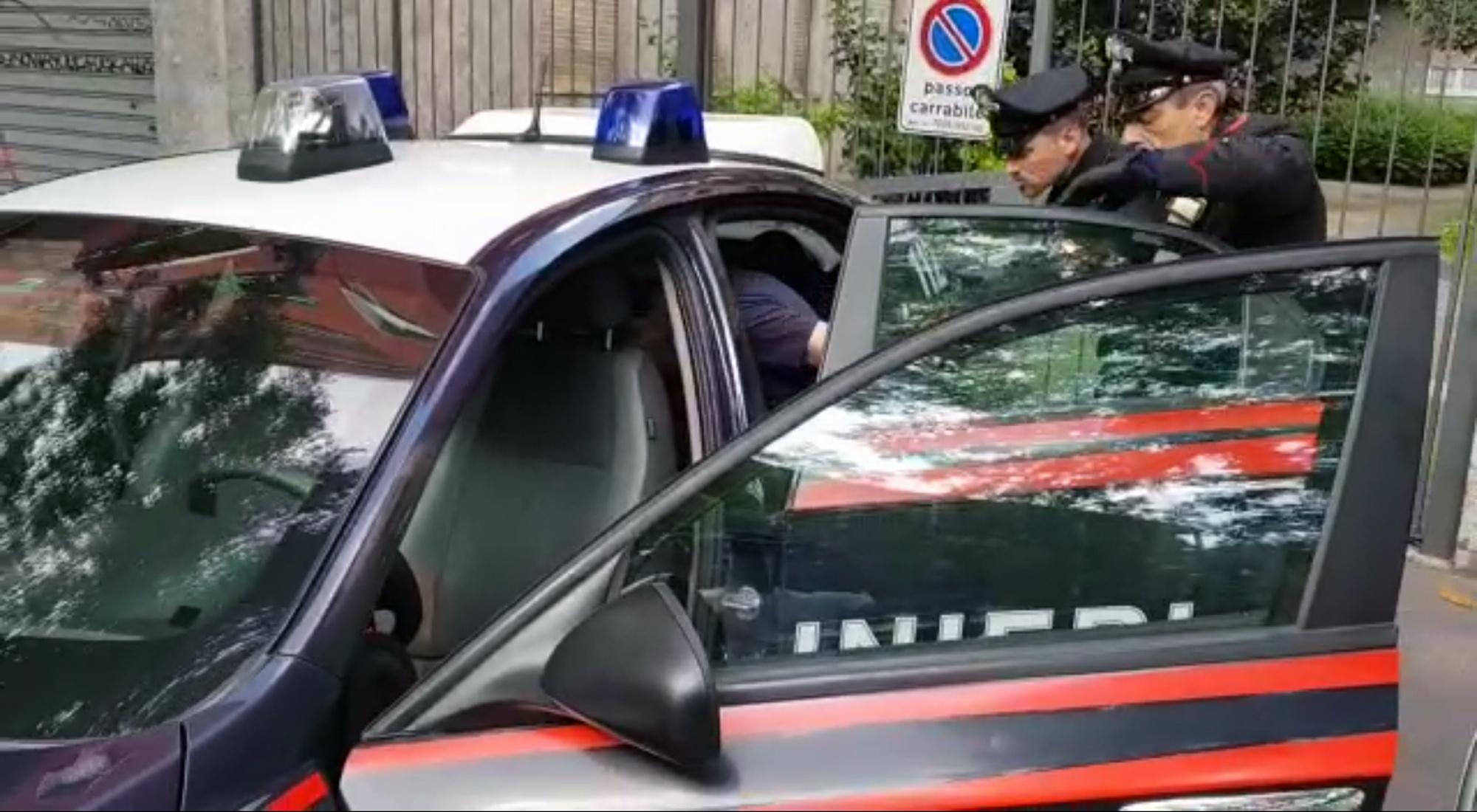 https://www.zerottounonews.it/wp-content/uploads/2018/05/12.05.2018-larresto-del-latitante-hacker-preso-a-milano.jpg