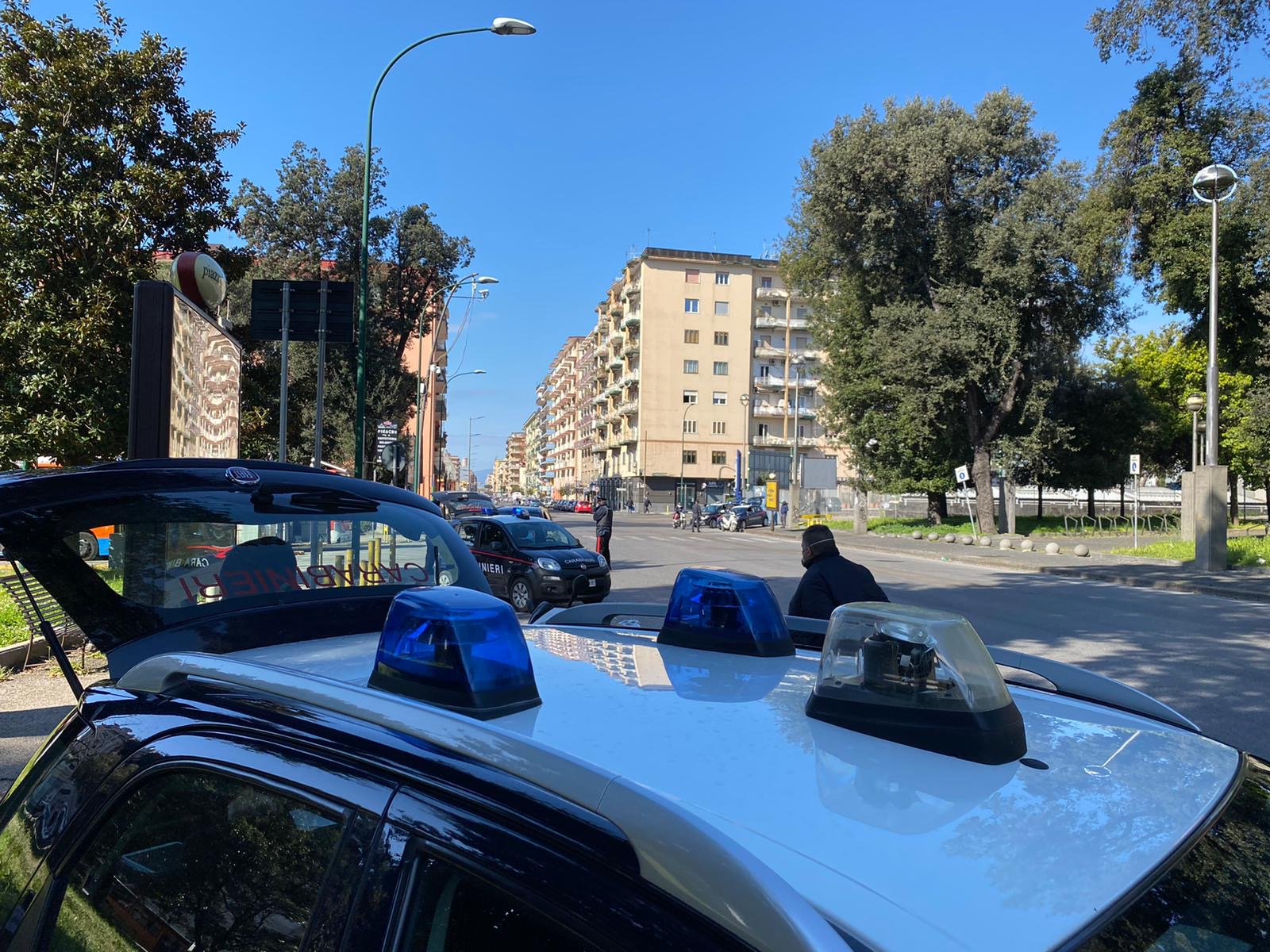 https://www.zerottounonews.it/wp-content/uploads/2020/07/controlli-carabinieri-napoli.jpg