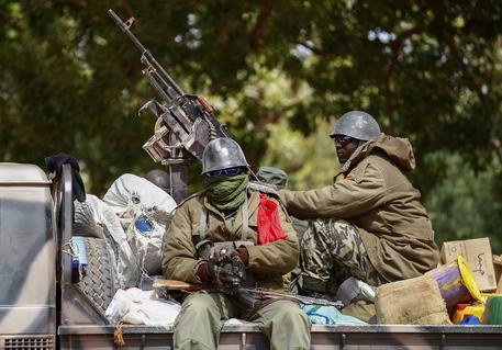 https://www.zerottounonews.it/wp-content/uploads/2020/08/mali-esercito-colpo-di-stato.jpg