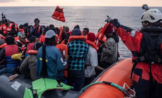 https://www.zerottounonews.it/wp-content/uploads/2021/02/migranti-sea-watch.png