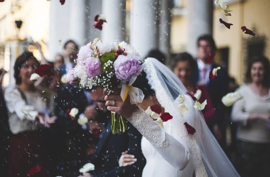 """Wedding in crisi: """" Noi da13 mesi in zona rossa"""""""