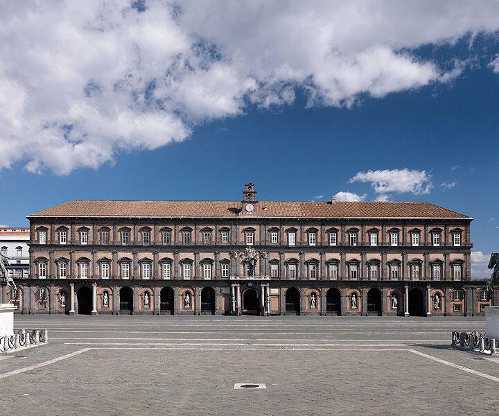 La prima fiera del libro si terrà a Napoli: il Palazzo Reale ospita la letteratura