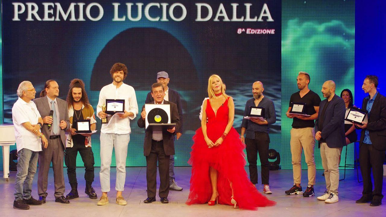 https://www.zerottounonews.it/wp-content/uploads/2021/06/Premiazioni-Finale-Premio-Lucio-Dalla-2021-1280x720.jpg