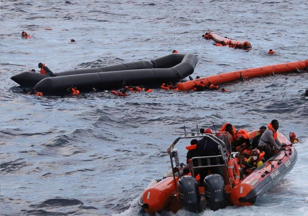Strage di donne al largo di Lampedusa: 4 morte annegate, una era incinta