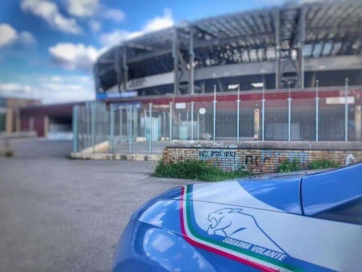 https://www.zerottounonews.it/wp-content/uploads/2021/10/stadio-maradona-daspo-napoli.jpg